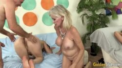 Une orgie entre vieux hommes et vieilles fera leur journée avec sexe
